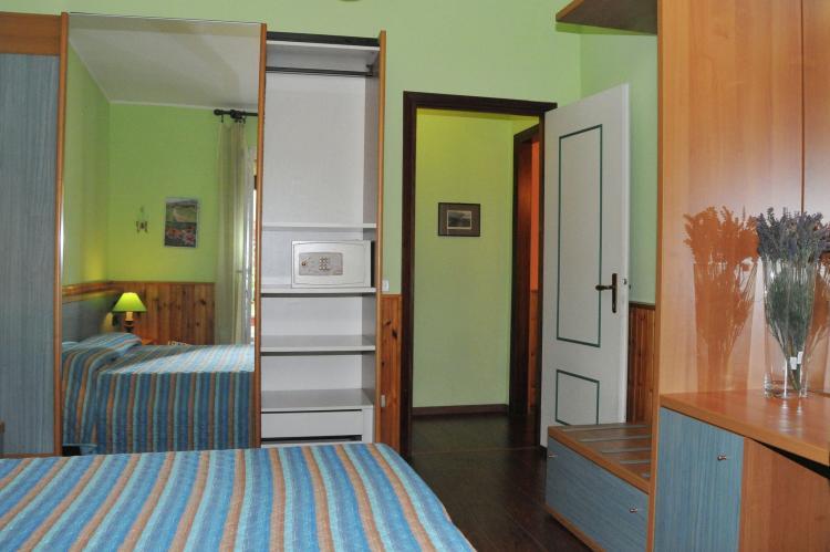 VakantiehuisItalië - Italiaanse Meren: Villa Stefano  [12]