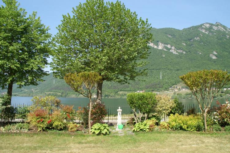 VakantiehuisItalië - Italiaanse Meren: Villa Stefano  [17]