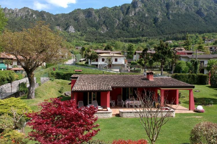 VakantiehuisItalië - Italiaanse Meren: Villa Stefano  [2]