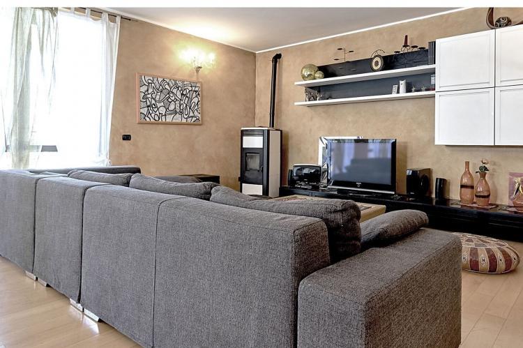 Holiday homeItaly - Umbria/Marche: Villa Valtopina  [2]