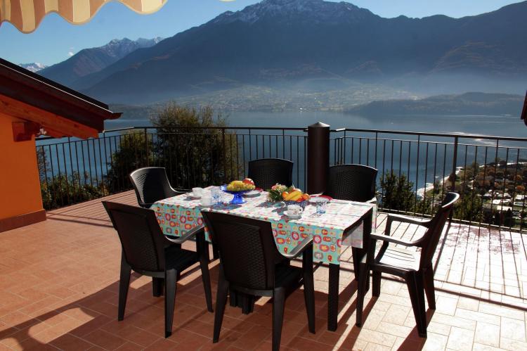 VakantiehuisItalië - Italiaanse Meren: Vercana Quadrilocale  [13]