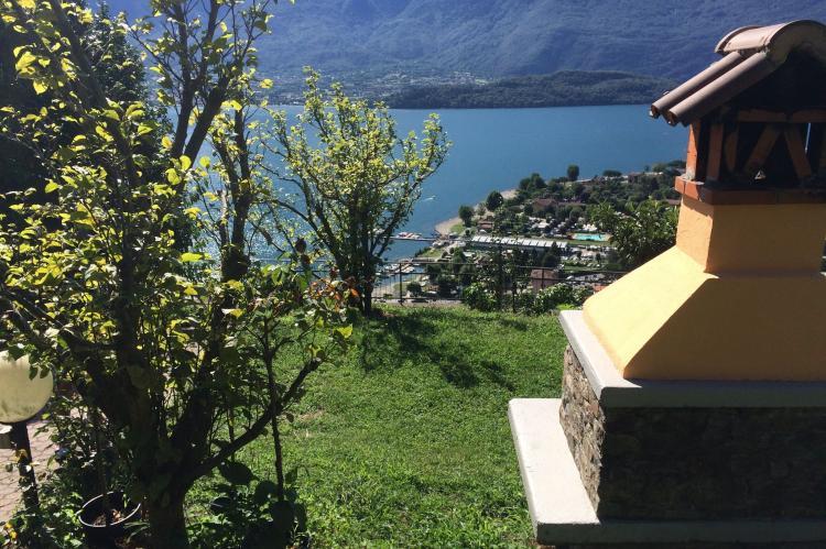 VakantiehuisItalië - Italiaanse Meren: Vercana Quadrilocale  [16]