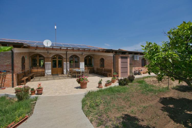 VakantiehuisItalië - Calabrië/Basilicata: Casale tra gli Agrumi  [2]