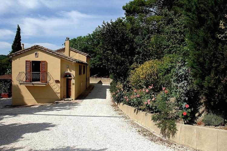 Holiday homeItaly - Umbria/Marche: Domus  [6]