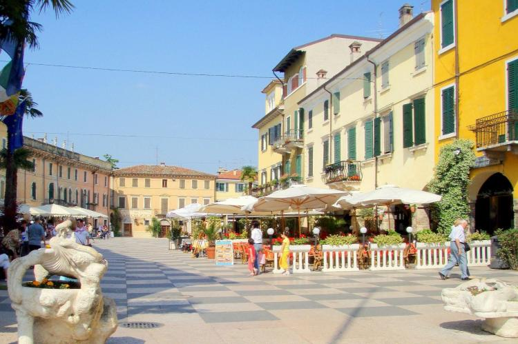 VakantiehuisItalië - Italiaanse Meren: Soleggiato Settimo Tre  [27]