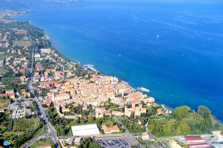 VakantiehuisItalië - Italiaanse Meren: Soleggiato Settimo Tre  [26]