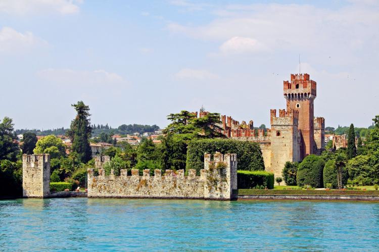VakantiehuisItalië - Italiaanse Meren: Soleggiato Settimo Tre  [30]