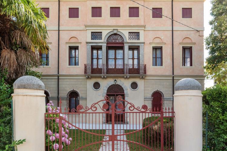 Holiday homeItaly - Veneto/Venice: Villa Fiorita Due  [1]