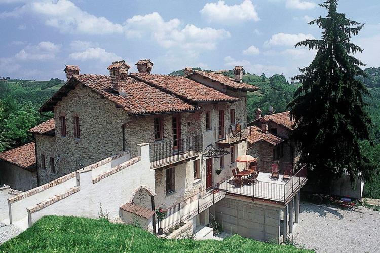 Holiday homeItaly - Piemonte: Carrù  [9]