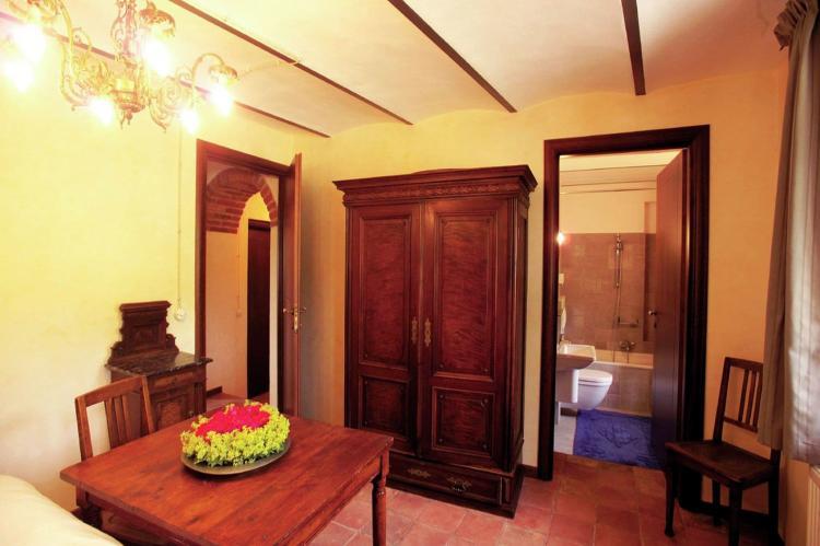 Holiday homeItaly - Piemonte: Carrù  [32]