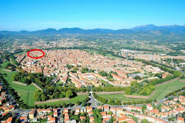 VakantiehuisItalië - Toscane/Elba: Le Mura di Lucca REQ  [1]