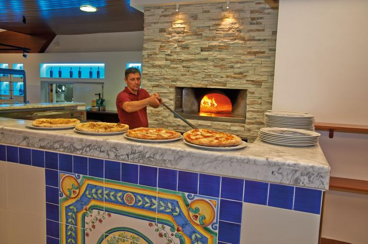Holiday homeItaly - Campania/Napoli: Baia Domizia Villaggio Camping C4  [15]
