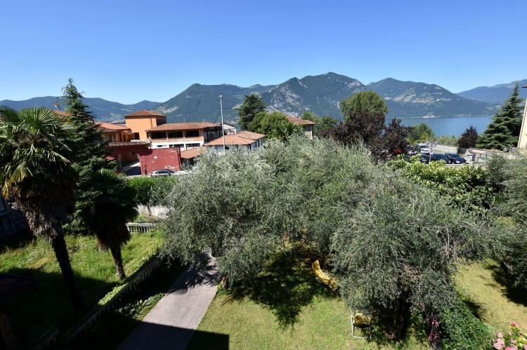 Holiday homeItaly - Lake District: A due passi dal lago  [31]
