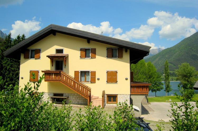 Holiday homeItaly - Lake District: Villa Etti Trilo - Fronte lago  [1]