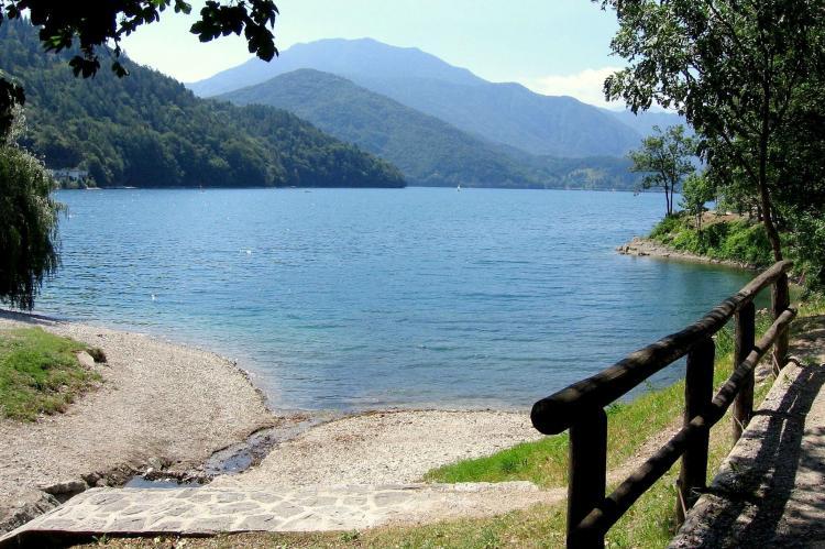 Holiday homeItaly - Lake District: Villa Etti Trilo - Fronte lago  [22]