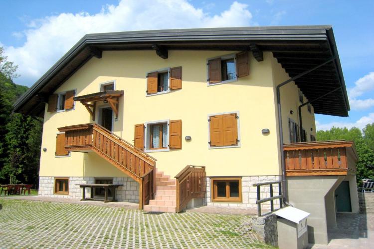 Holiday homeItaly - Lake District: Villa Etti Trilo - Fronte lago  [4]