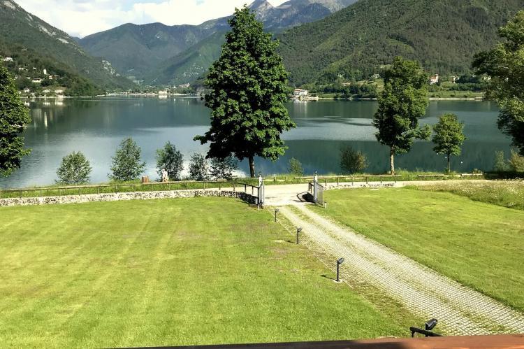 Holiday homeItaly - Lake District: Villa Etti Trilo - Fronte lago  [14]