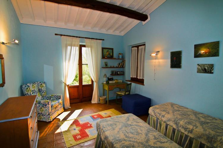 Holiday homeItaly - Umbria/Marche: Villa Chianaiola  [21]