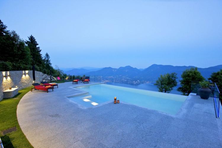 VakantiehuisItalië - Italiaanse Meren: Lago Maggiore Premeno Villa Sedici  [11]