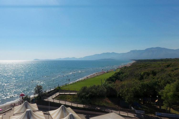 VakantiehuisItalië - Campania/Napels: Baia Domizia Villaggio Camping E3  [15]