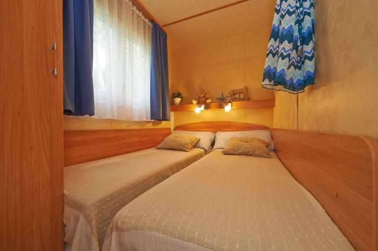 VakantiehuisItalië - Campania/Napels: Baia Domizia Villaggio Camping E3  [5]