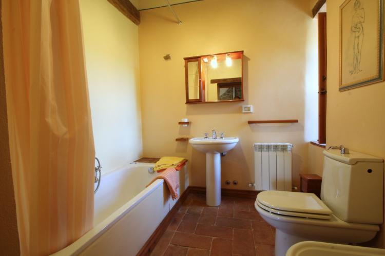 Holiday homeItaly - Umbria/Marche: Villa Fiorella Dieci  [29]