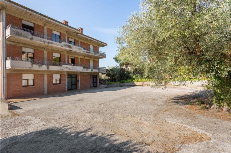 VakantiehuisItalië - Umbrië/Marche: Casa Tommaso - trilo 2 P - 6 pax  [10]