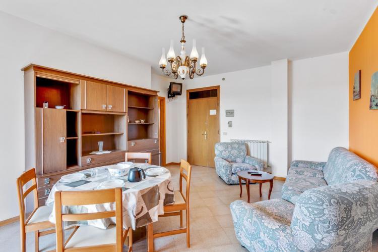 VakantiehuisItalië - Umbrië/Marche: Casa Tommaso - trilo 2 P - 6 pax  [17]