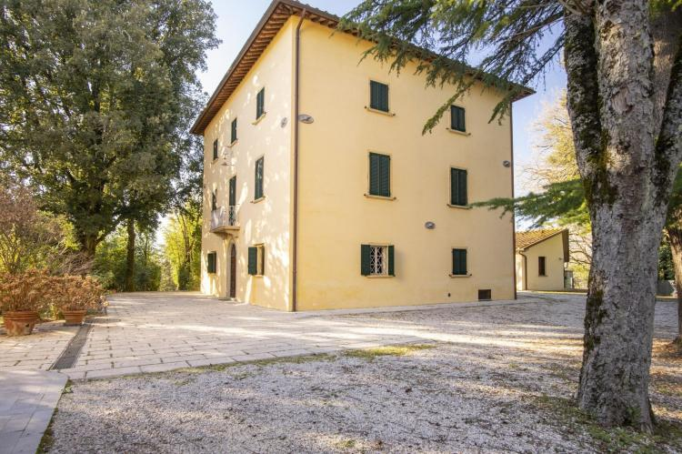 Holiday homeItaly - Umbria/Marche: Appartamento per 6  [6]