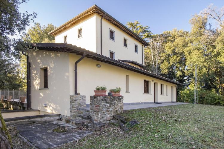 Holiday homeItaly - Umbria/Marche: Appartamento per 6  [33]