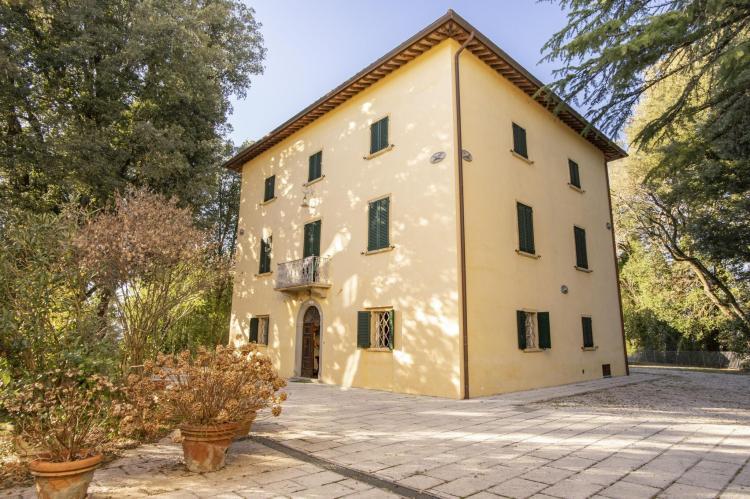 Holiday homeItaly - Umbria/Marche: Appartamento per 6  [5]