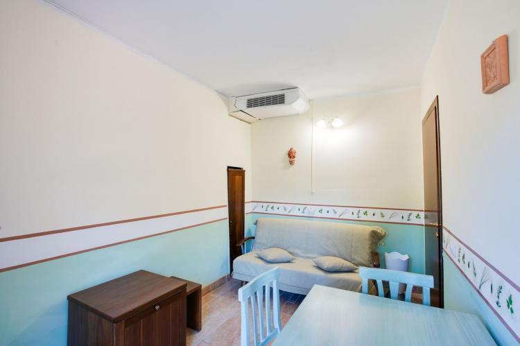 Holiday homeItaly - Umbria/Marche: Appartamento la Tartaruga  [8]