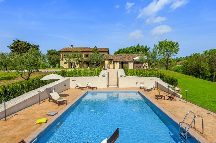Holiday homeItaly - Umbria/Marche: La Cantinaia Botte  [1]