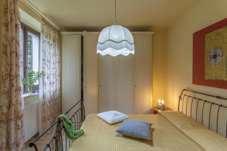 Holiday homeItaly - Umbria/Marche: La Cantinaia Botte  [9]