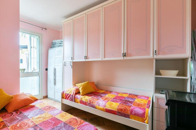 Holiday homeItaly - Sicily: Villa Kiara  [24]