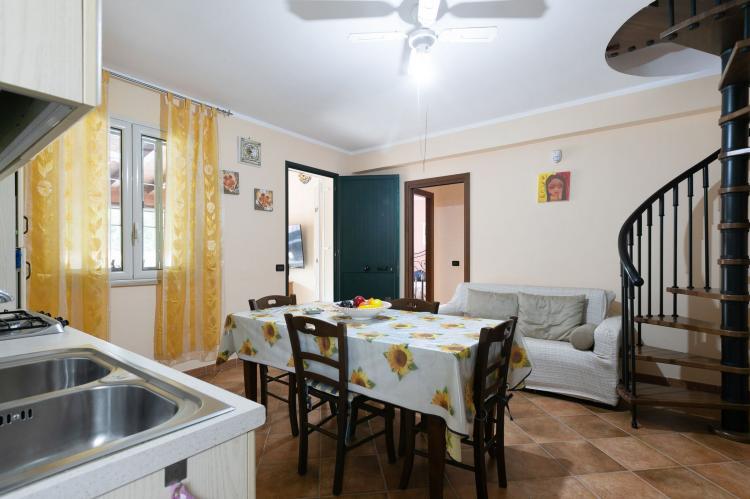 Holiday homeItaly - Sicily: Villa Kiara  [15]