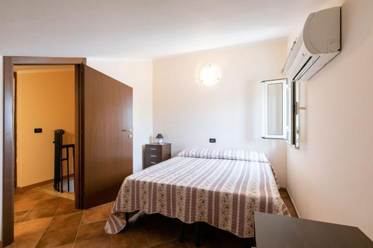 Holiday homeItaly - Sicily: Villa Kiara  [23]