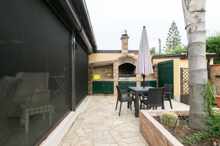Holiday homeItaly - Sicily: Villa Kiara  [4]