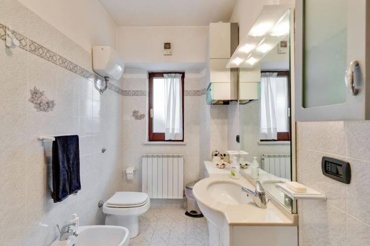 Holiday homeItaly - Abruzzo/Molise: Sirente House  [18]