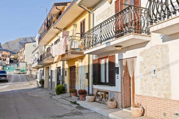 Holiday homeItaly - Abruzzo/Molise: Sirente House  [1]