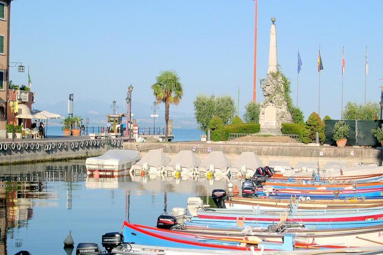 FerienhausItalien - Italienische Seen: Camelie Ventitre  [24]