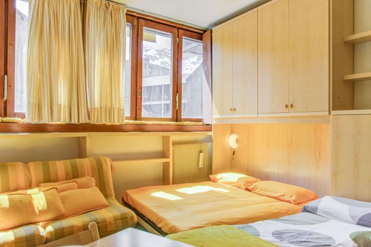 Holiday homeItaly - Valle d'Aosta: One-Room Apartment directly on Cervinia Ski slopes  [27]