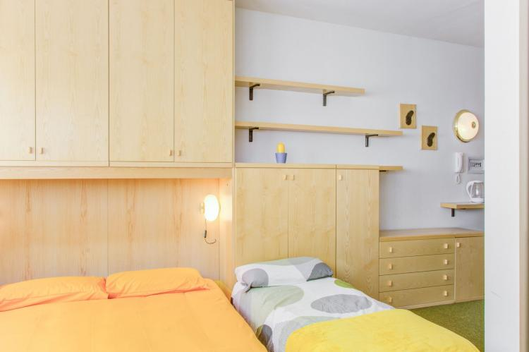 Holiday homeItaly - Valle d'Aosta: One-Room Apartment directly on Cervinia Ski slopes  [24]