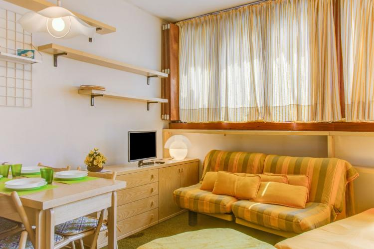 Holiday homeItaly - Valle d'Aosta: One-Room Apartment directly on Cervinia Ski slopes  [20]