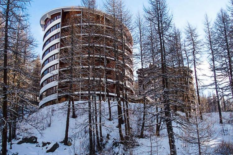 Holiday homeItaly - Valle d'Aosta: One-Room Apartment directly on Cervinia Ski slopes  [2]