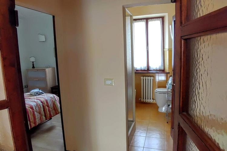 Holiday homeItaly - Umbria/Marche: Appartamento Casale dei Girasoli  [23]