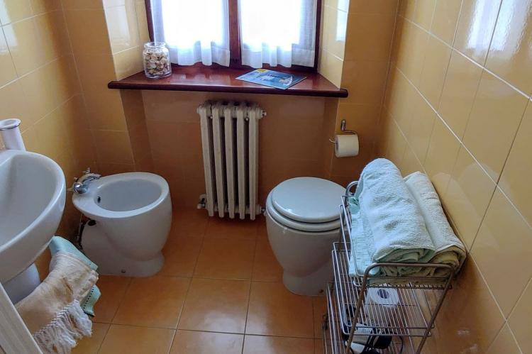 Holiday homeItaly - Umbria/Marche: Appartamento Casale dei Girasoli  [24]
