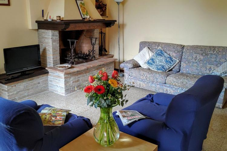 Holiday homeItaly - Umbria/Marche: Appartamento Casale dei Girasoli  [2]