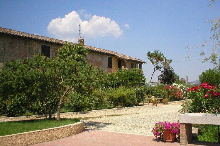 Holiday homeItaly - Umbria/Marche: Appartamento Casale dei Girasoli  [37]