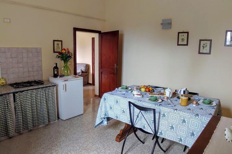 Holiday homeItaly - Umbria/Marche: Appartamento Casale dei Girasoli  [12]